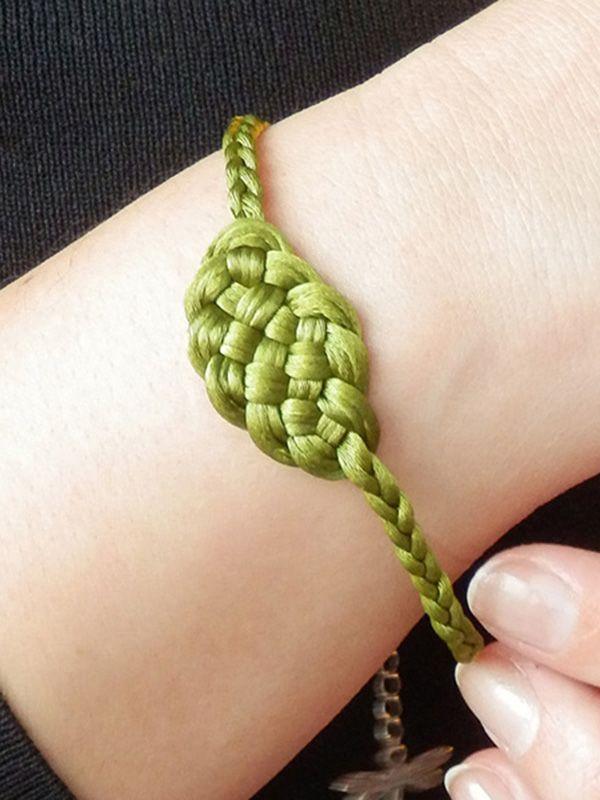 Pulsera Morgana en verde oliva