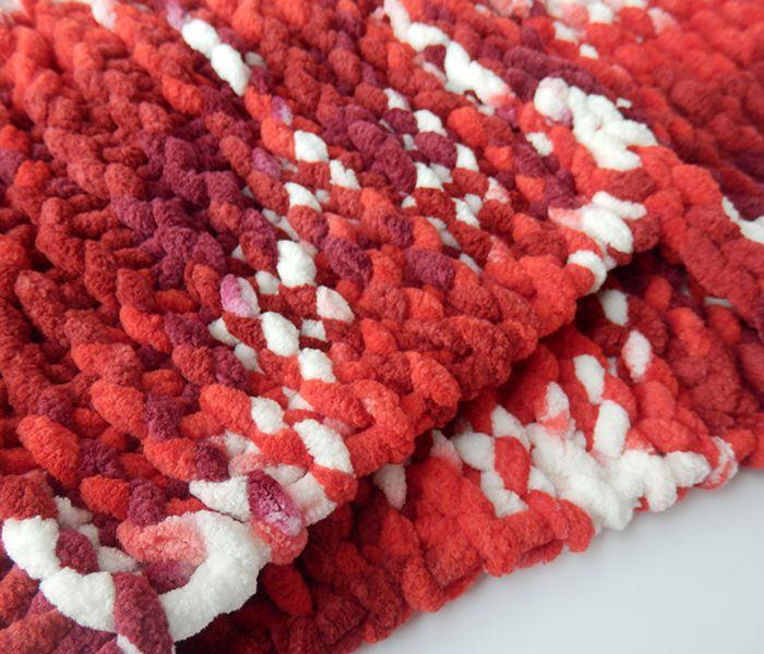 Cuello de lana gustoso rojo
