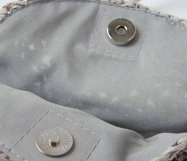 Bolso de papel gris