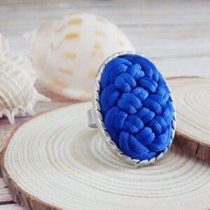 Anillo trenzado azul