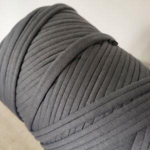 Ovillo de trapillo gris oscuro